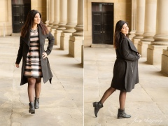 Leeds-Town-Hall-steps-photo-session