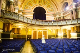Leeds Town Hall-bride-wedding-photography